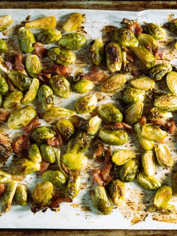 close up of roasted maple bacon brussels sprouts